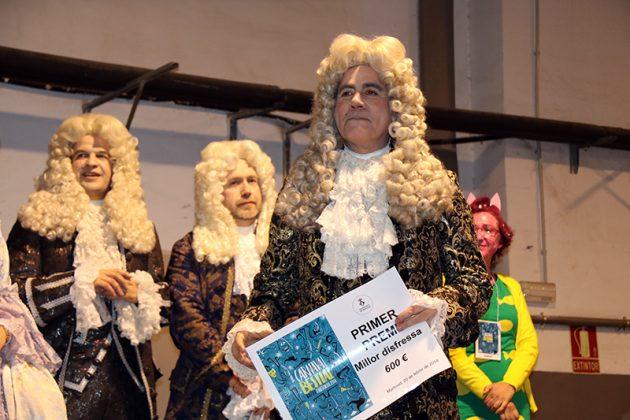 Lliurament de premis del Carnaval. 1r Premi Millor Disfressa. Colla Las Gargaras