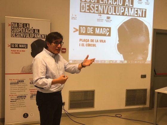 L'alcalde Xavier Fonollosa a la Taula rodona del Dia de la Cooperació al Desenvolupament