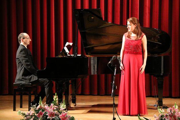 Alessio Coppola i Sara López. Final del 2n Concurs de Cant Josep Palet