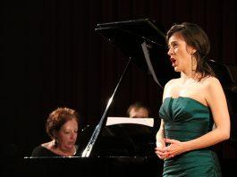 Marta Pujol i Aline Kostrewa. Final del Concurs de Cant Josep Palet
