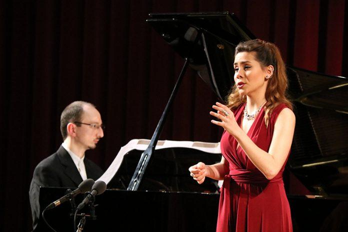 Alessio Coppola i Mar Esteve. Final del 2n Concurs de Cant Josep Palet