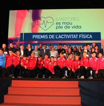 Fotografia de família dels Premis de l'Activitat Física i l'Esport 2018