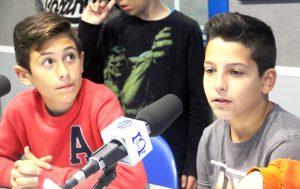 Cooperativistes enregistren falques a Ràdio Martorell