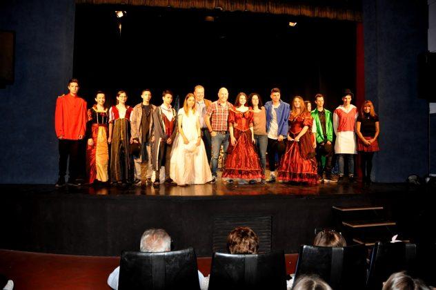 Teatre solidari amb Mans Mercedàries