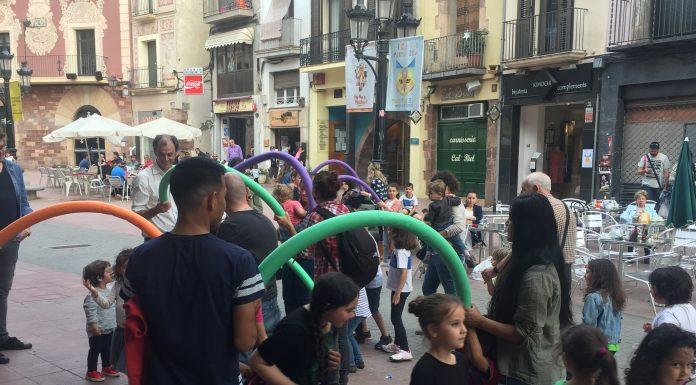 Espectacle infantil. 'Dracs, balls i roses'