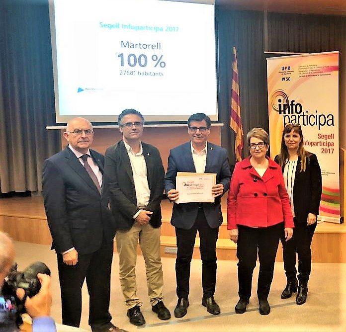 L'alcalde Xavier Fonollosa ha rebut el Segell Infoparticipa