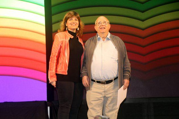 43è Premi Vila de Martorell. La regidora Núria Canal i el premiat Jacint Soler