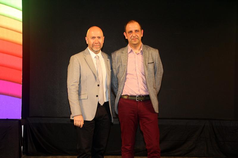 43è Premi Vila de Martorell. El regidor Sergi Corral i el premiat Manuel Roig