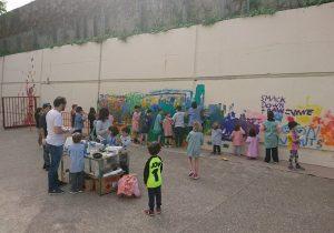 Intervenció dels nens i nenes al mur d'Els Convents