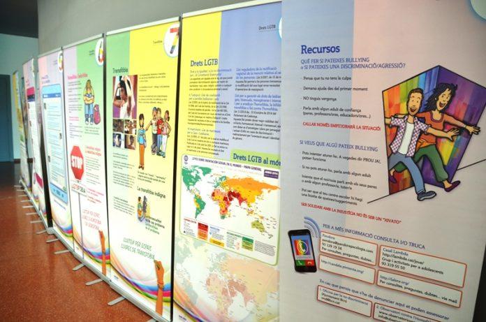 Exposició 'Diferents, iguals, nosaltres. Adolescents, identitats i diversitat sexual'