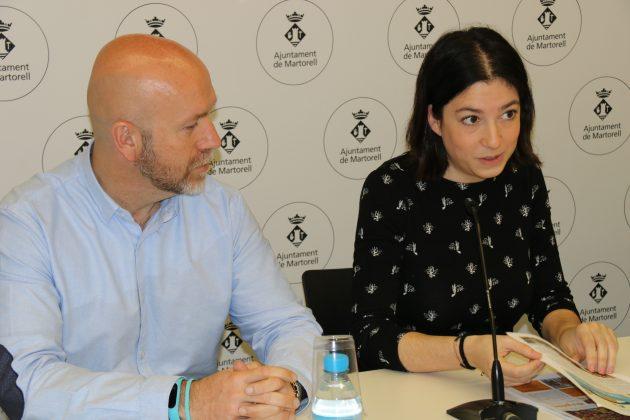 Sergi Corral, regidor de Cultura, i Irene Torrecilla, presidenta d'Esplac