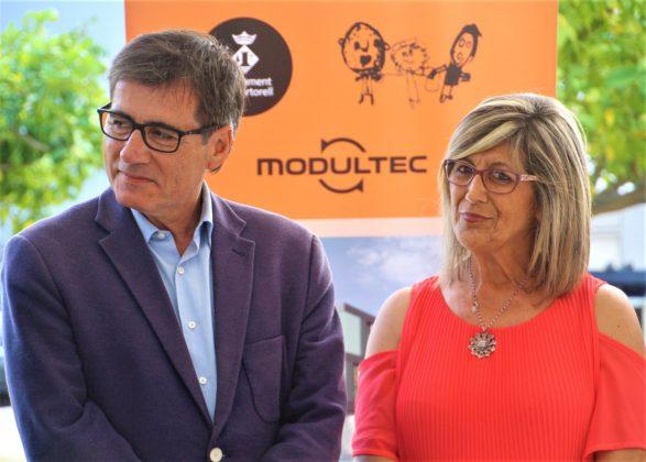 L'alcalde Xavier Fonollosa i la presidenta Arc de Sant Martí, Juani González