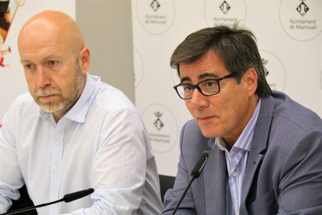 Sergi Corral, regidor de Cultura, i Xavier Fonollosa, alcalde de Martorell