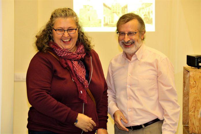 Iolanda Valls, guanyadora, i Alfred Mauri, vicepresident CEM
