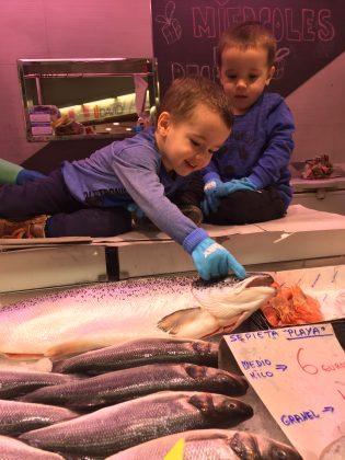 Martorell Saludable. Premi Categoria Local (0 a 3 anys). 'Mengem peix fresc cada setmana', de Pau i Víctor Ruiz Alba
