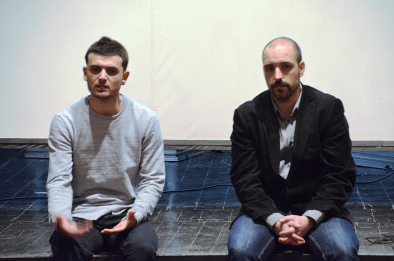 Xerrada-col·loqui sobre Bullying a El Foment. Adrián Arrebola i Óscar Julià