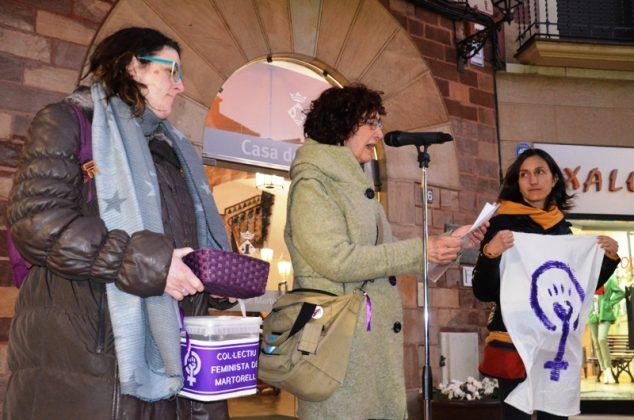 Lectura del manifest del Col·lectiu Feminista de Martorell