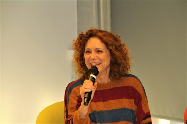 Dàmaris Gelabert, cantant