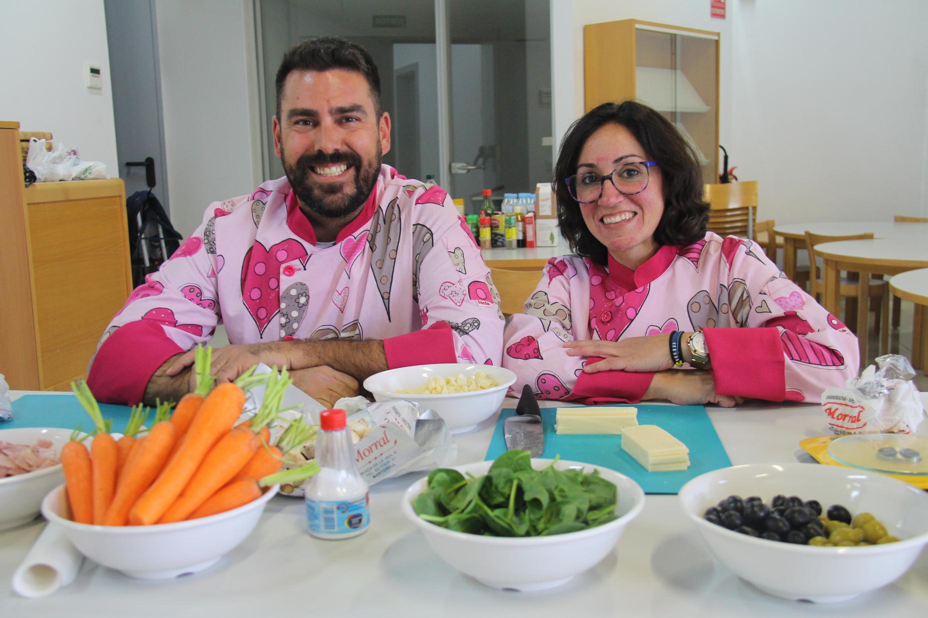 Tallers de cuina del Fem Vila. Setmana del Comerç. Fran del Castillo i María Sánchez