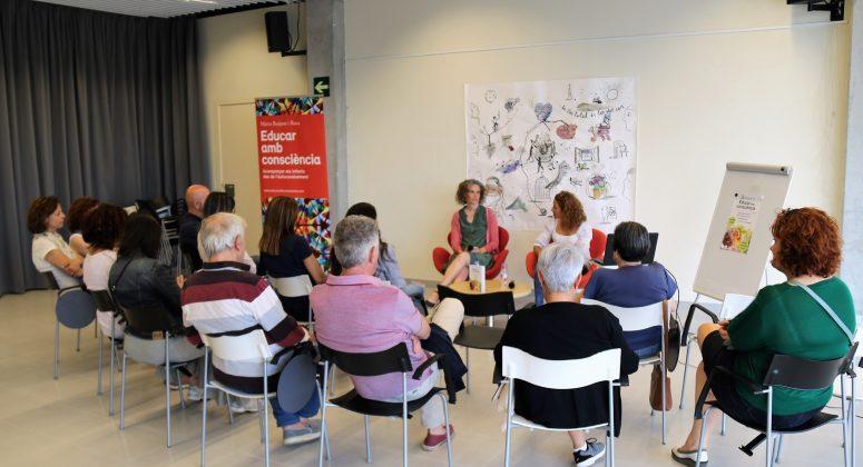 Presentació llibre 'Educar amb consciència' de Marta Butjosa