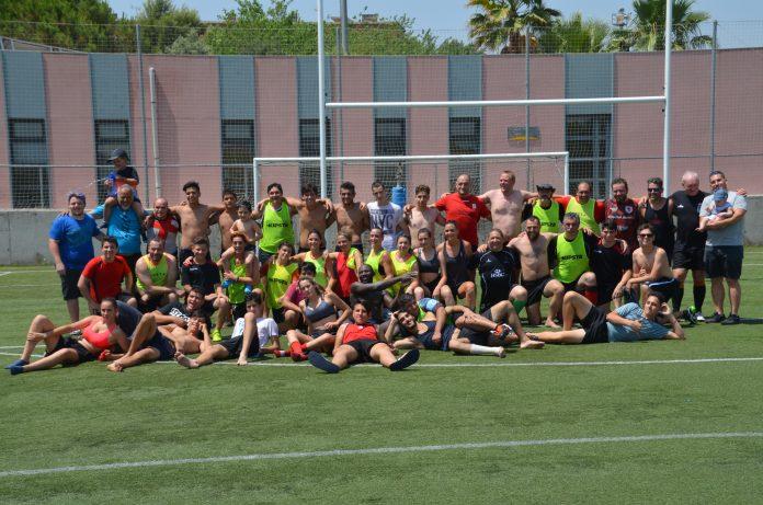 El Rugby Club Martorell ha tancat la jornada amb una fotografia de família