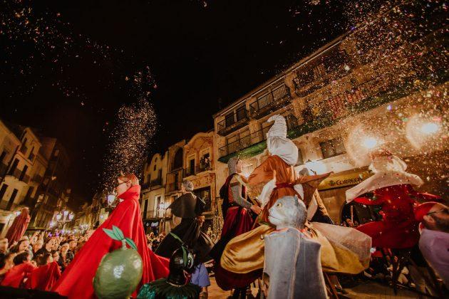 Festa del Roser. Actuació de les colles de cultura popular (Fotografia: Grisphoto)