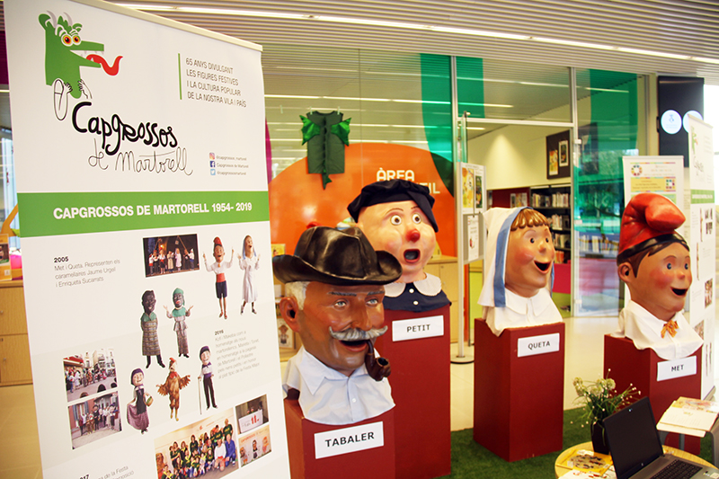 Exposició de Capgrossos de Martorell a la Biblioteca