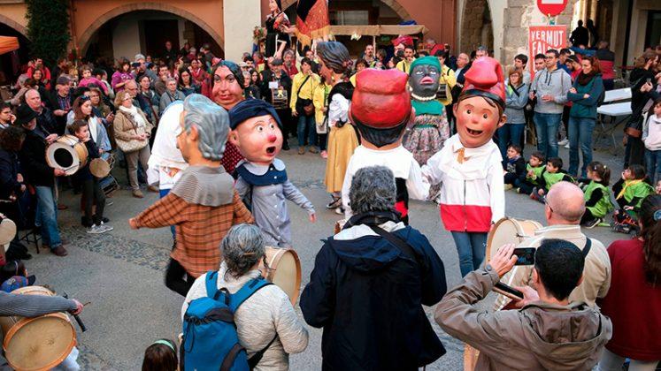 Capgrossos i Flabiolaires dels 4 Dracs, a la 35a Festa del Flabiol d'Arbúcies (Foto: Joan Carles Ambrojo)