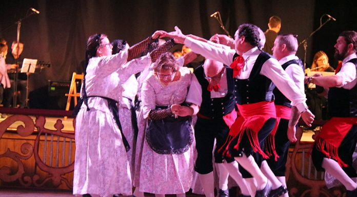Espectacle 'Festa Major' a El Progrés. Fem Dansa