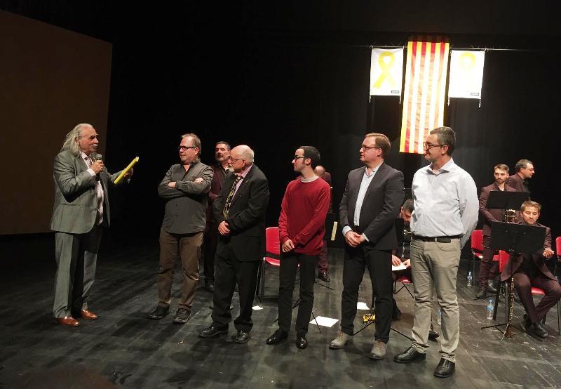 Lliurament de premis del concurs Manel Saderra Puigferrer. Daniel Gasulla, el primer per la dreta