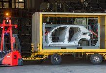 Vehicles de guiat automàtic (AGV) a SEAT Martorell