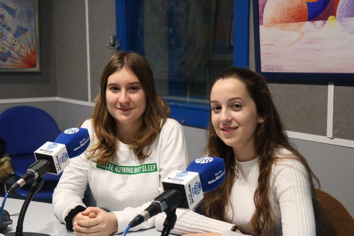 Abril Castillo i Mònica Venteo, alumnes 4t d'ESO Col·legi La Mercè