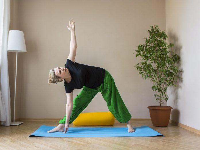Exercicis d'estiraments a casa