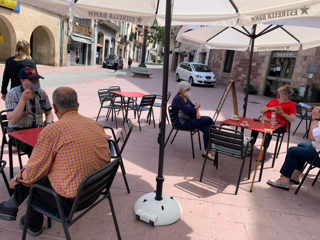 La Generalitat prohibeix les trobades de més de 10 persones a espais públics i privats
