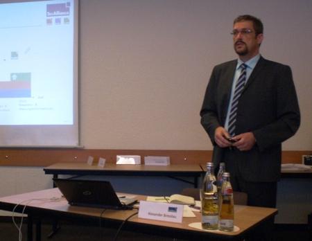 Alexander Bresslau (Director Sales DACH) leitete die Veranstaltung.