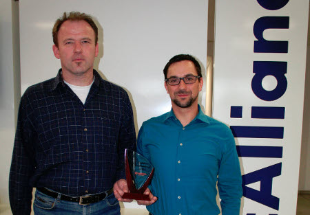 TecCONTROL Solution Managers Claus Hertle (left) and Mario Gregor (right)