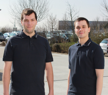 Lukas Walther (right in picture) and André Berberich are delighted to have successfully completed their training.