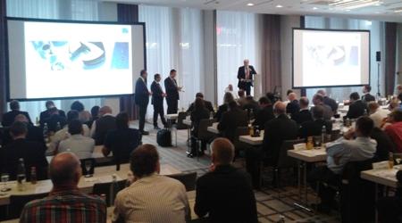 Jürgen Buchert, CEO of TecAlliance, opens the closing session with a short speech.