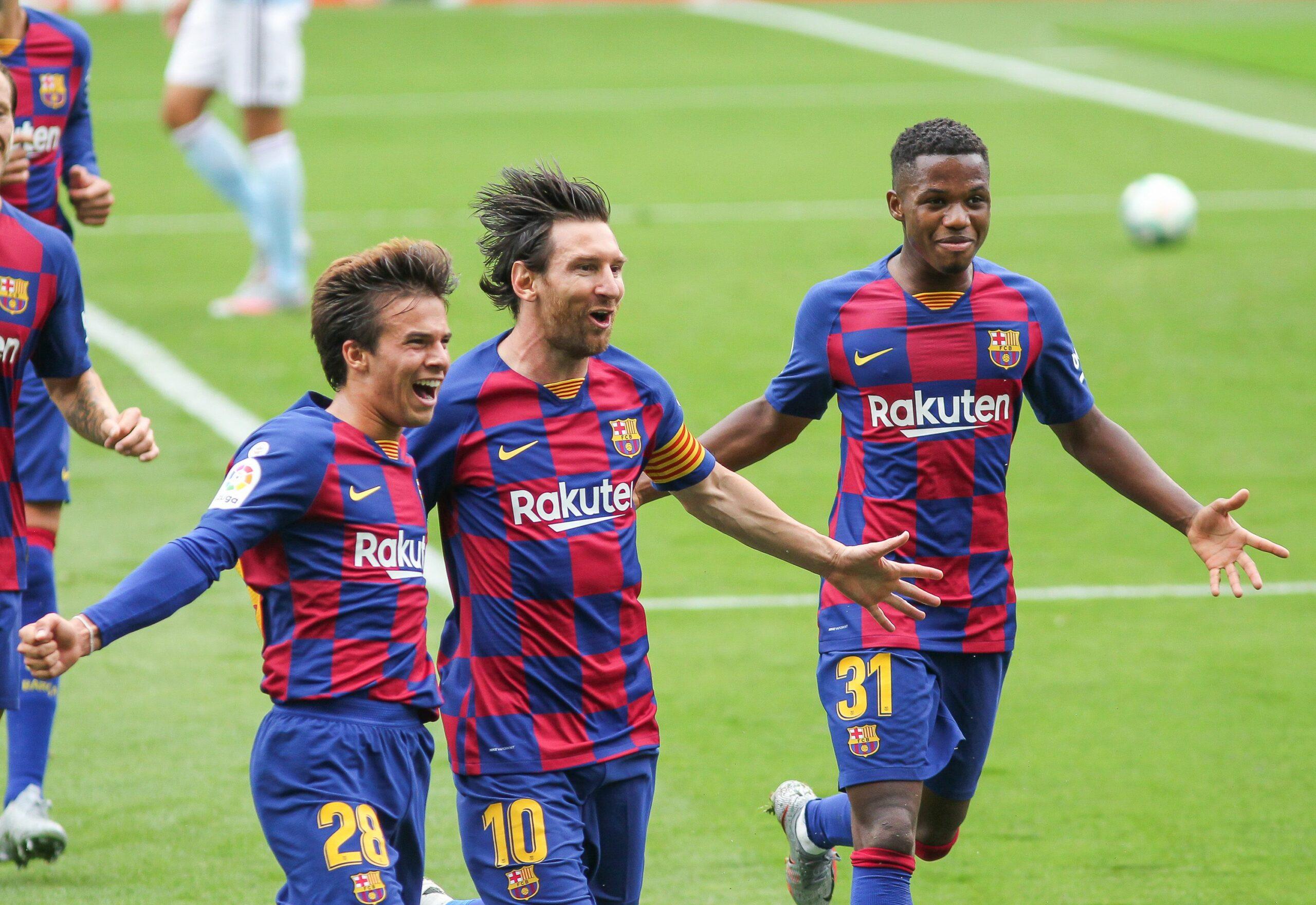 Messi, Riqui Puig i Ansu Fati celebren un gol | Europa Press