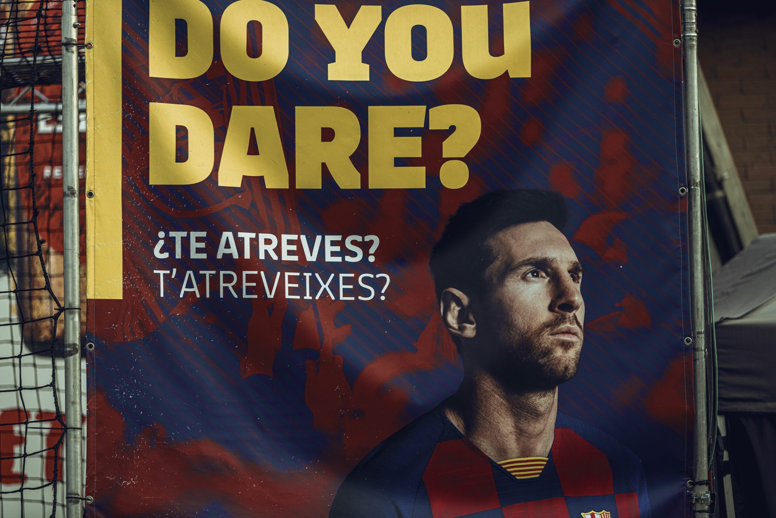 Publicitat de Messi, a l'exterior del Camp Nou | Europa Press