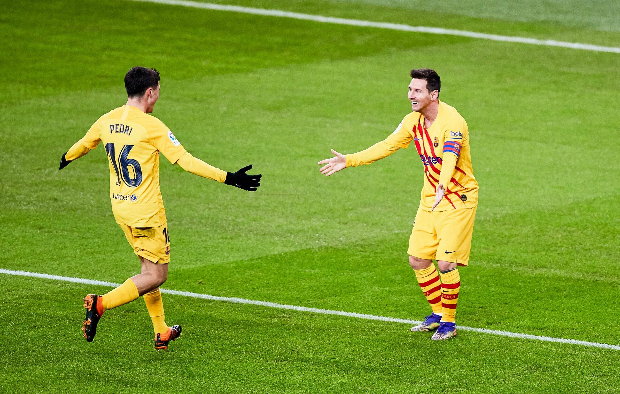 Messi i Pedri celebren un gol | Europa Press