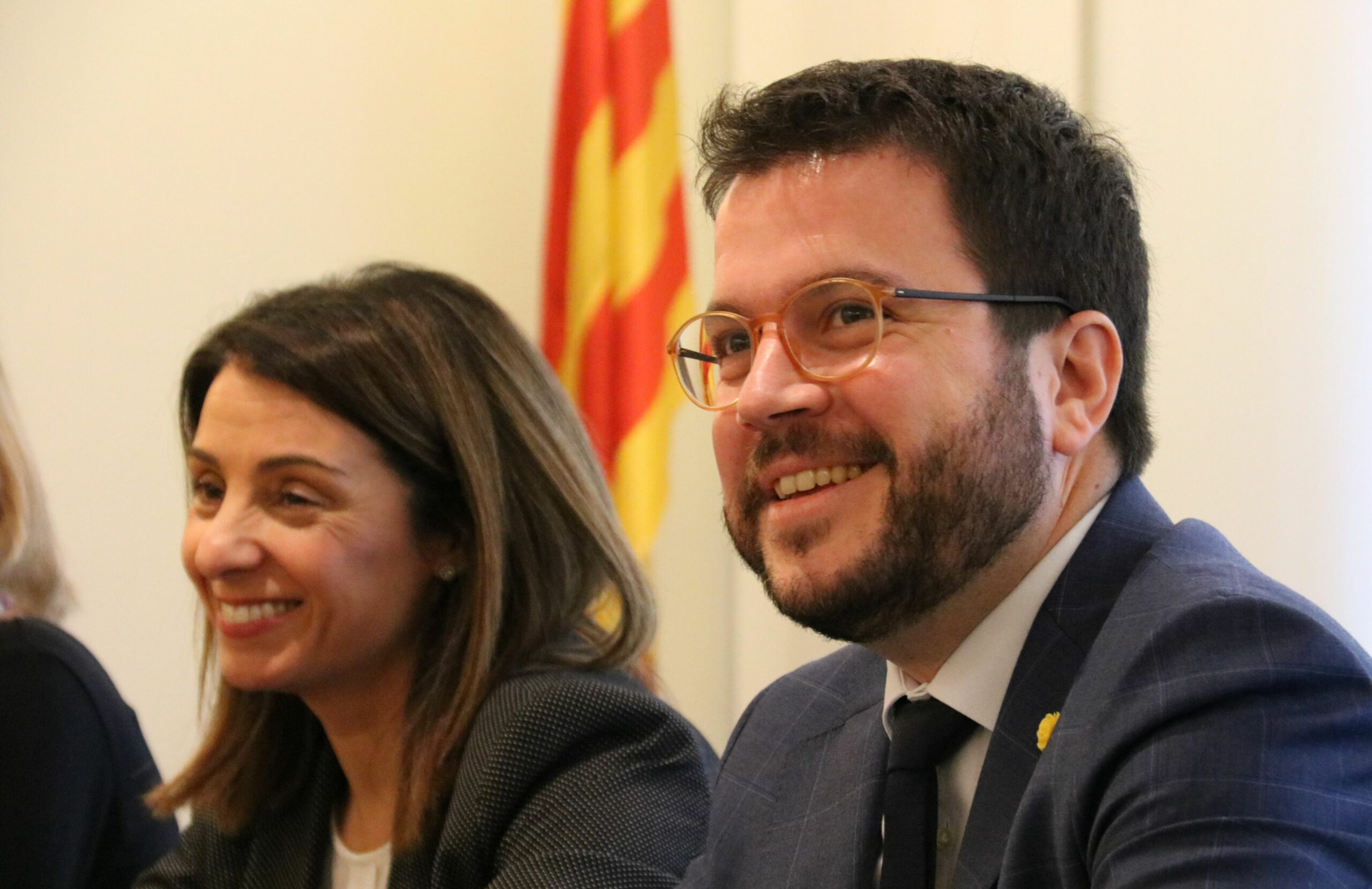 El vicepresident del Govern, Pere Aragonès, amb la portaveu, Meritxell Budó
