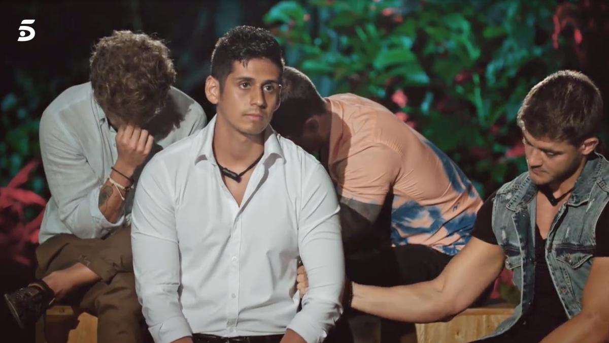 Christofer s'enfronta a les imatges de la infidelitat de la nòvia   Telecinco