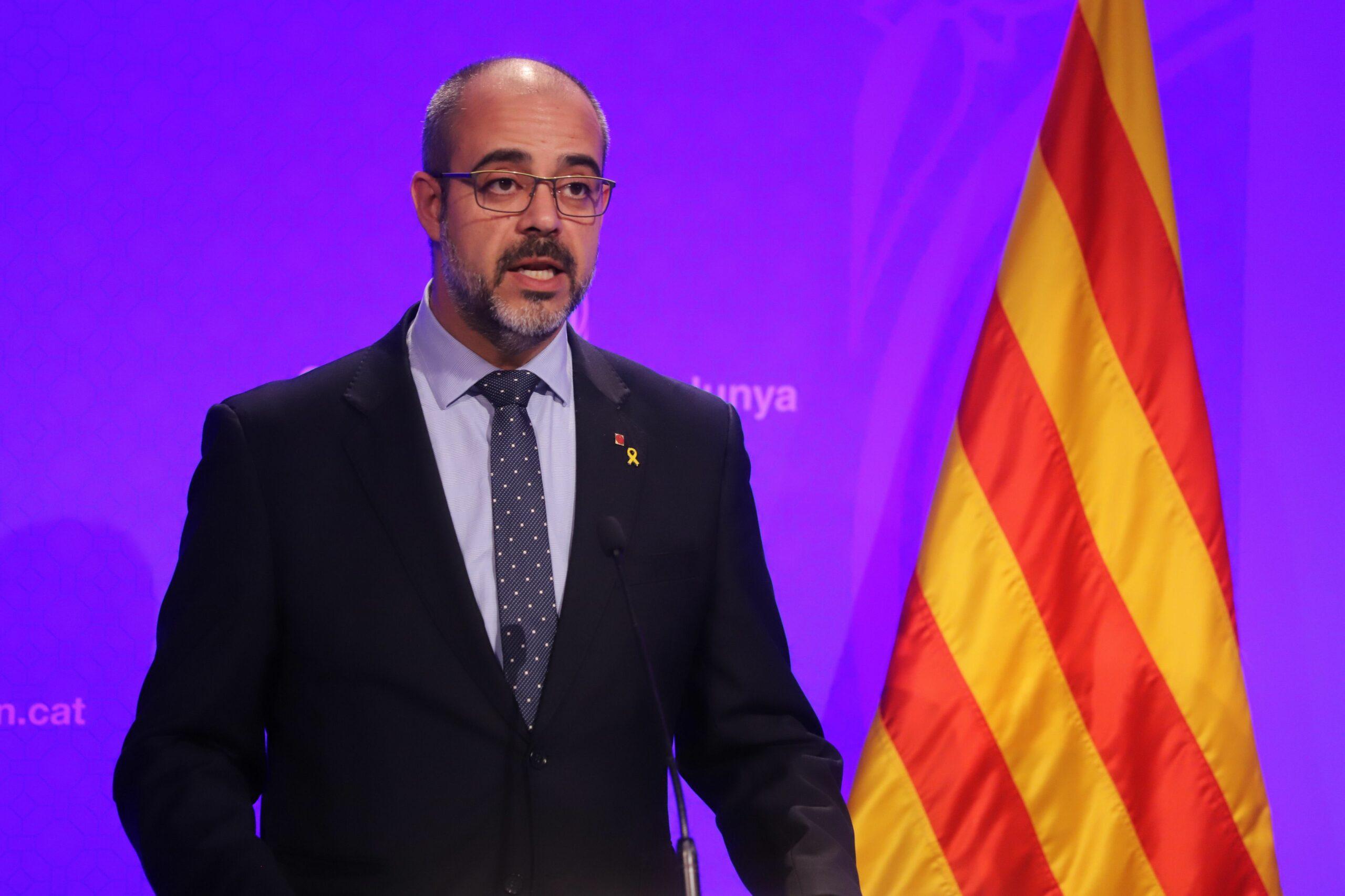 El conseller de l'Interior, Miquel Buch, en roda de premsa al Palau de la Generalitat