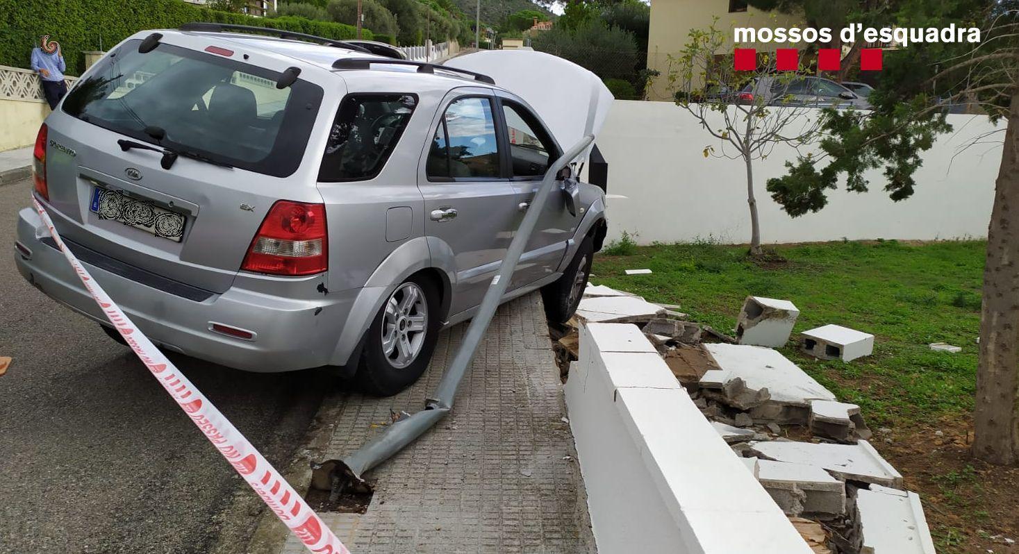 El cotxe de l'holand?s accidentat /Mossos