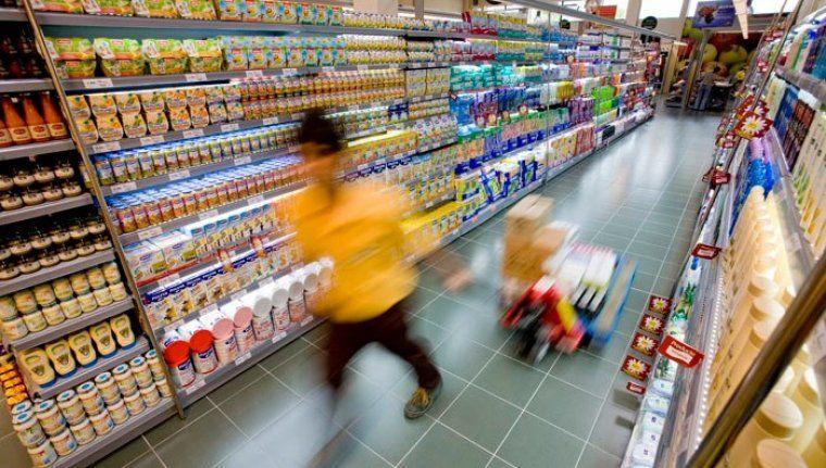 Treballador del supermercat Bon Preu