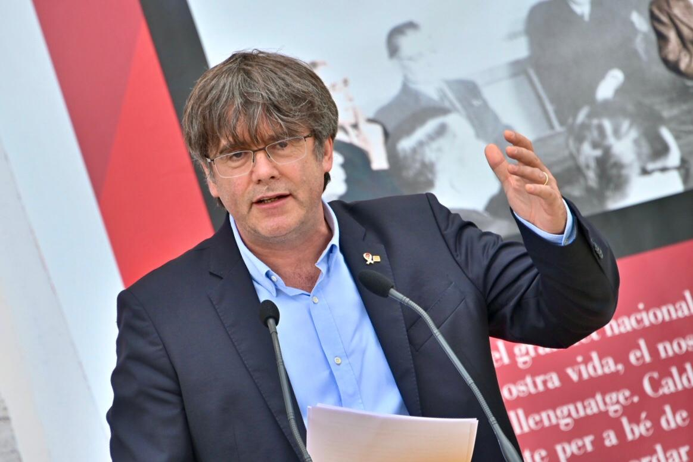Carles Puigdemont a la UCE on ha reclamat una estrat?gia compartida/J.M. Montaner