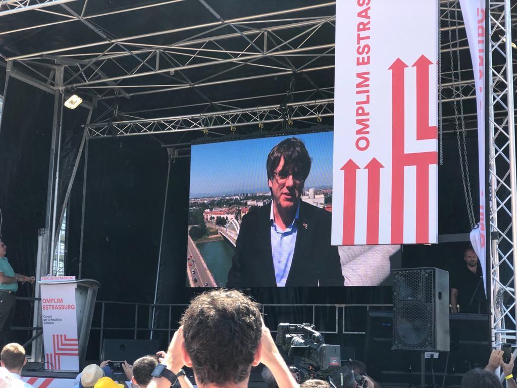 Puigdemont a la manifestaci? d'Estrasburg