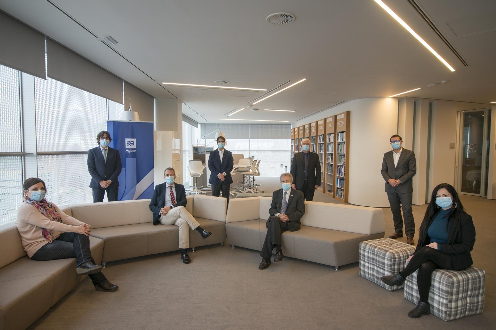 Reunió d'Agbar i el Departament d'Educació per signat el conveni | Aigües de Barcelona