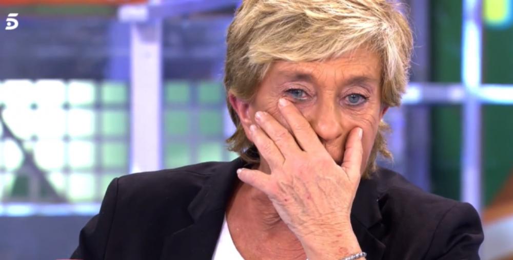 Chelo García Cortés plora la mort de la germana en directe / Telecinco